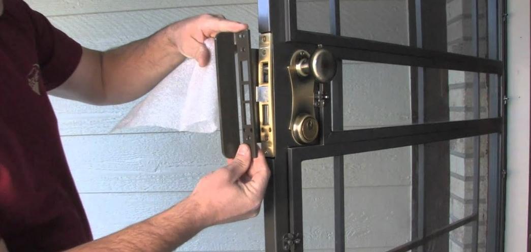 Замки на дверь межкомнатные