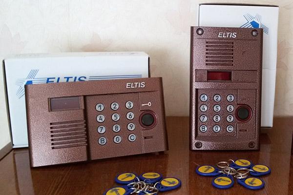 Способы, как открыть домофон Еltis без ключа